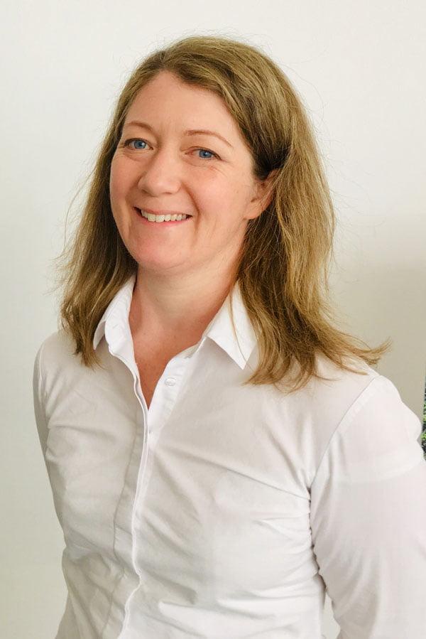 Sarah Handley 900X600